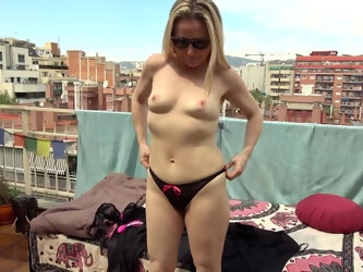 Naughty Mature Sofia Del Mar Is Playing With Herself On A Balcony In The Blazing Sun - MatureNL