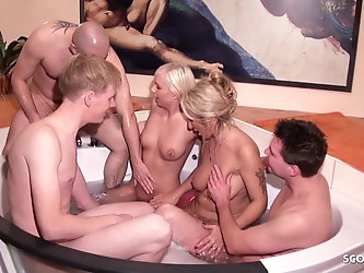 German Mom and Step Daughter at Privat Group Sex in Pool