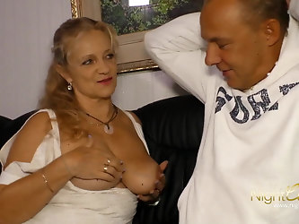 Milf with big boobs fuck younger man