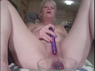 Mature squirts