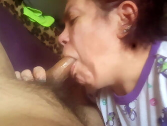 deep throating that cock