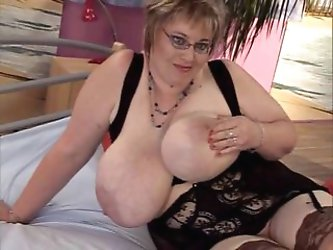 mature chick with big tits
