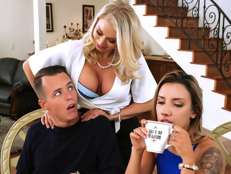 Katie Morgan  Justin Hunt in Massaged By Her Mother - BrazzersNetwork