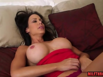 Shaved mom sex and cum on tits