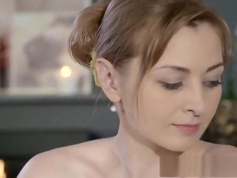 Beautiful pale skinned Mom squirts for the very first time