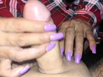 Handjob MILF on my harmchair (paja en el sillon)