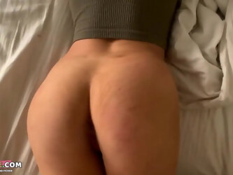 Cozy waking up, sucking and fucking