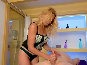 Young beauty joins mature duo for unadulterated pleasures