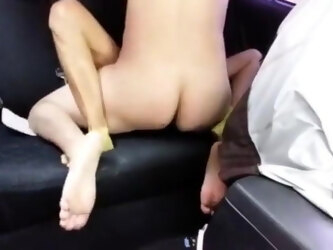 Guy barebacks and creampies latina hooker in his backseat.