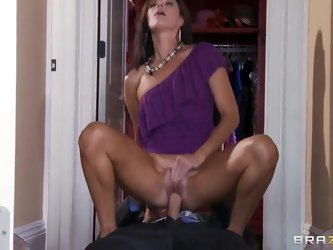 India Summer and Johnny Sins like oral sex! They can do it all day long, the girl becomes rally happy when she puts big cock in her deep moth and work