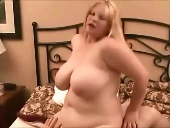 ayntritli dogan Azgin tombul BBW, horoz ve anal 2