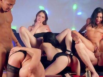 Mega wild group orgy for a bunch of hot women
