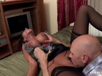 The seducing milf Ariella Ferrera with the big melons is stretching her long legs widely and letting the excited man Johnny Sins lick her adorable dri