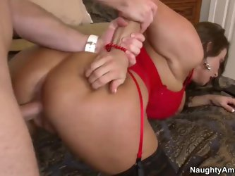 Levi Cash was seduced to fuck by this luxurious cougar Stacie Starr. And he couldn't resist strong temptation to stuff holes of the beauty by his