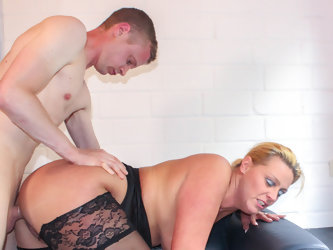 AmateurEuro Skinny Guy Gets To Fuck With A Hot Big Ass MILF