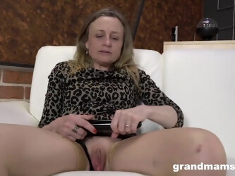 Flexible Granny with a tight body