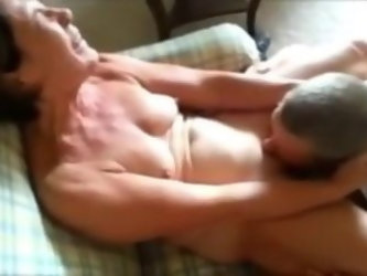 Sexy milf and her orgasme