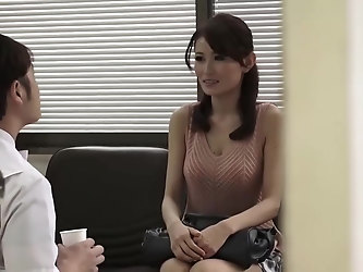 Skinny Japanese woman got fucked in the hospital and liked every single second of it