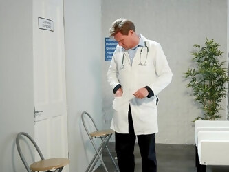 Young doc and hot nurse Brooklyn Blue hook up in the workplace
