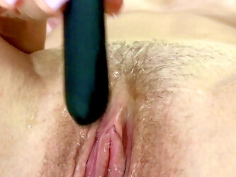 Mom's Wet Pussy So Close You Can Taste It