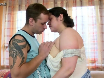 Huge Breasted Housewife Fucking Like Crazy - MatureNL