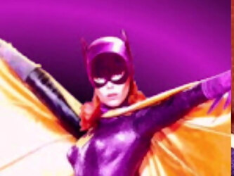 Batgirl vs Spiderman: Don't tell Mary Jane!