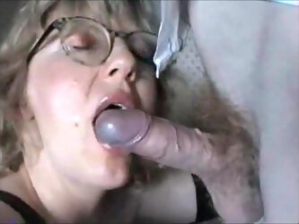 Blonde milf giving blowjob and get cum on her lips