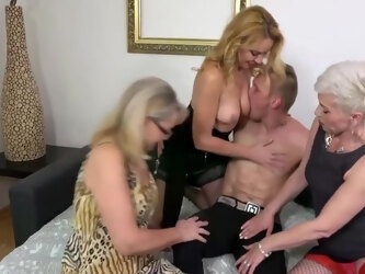Jana Nelle, Kathy White And Maya Evans In Home Party With Three Moms And One Son