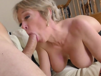 Thicc Caucasian MILF goes crazy for a hard cock and she is a goddess