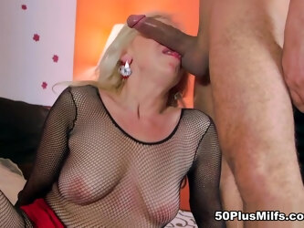 Ass-fucked in the pretzel position? Watch and see - Heidi and Rocky - 50PlusMILFs