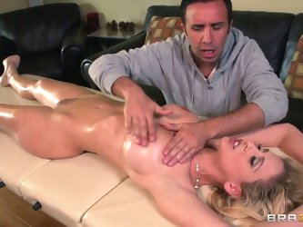 Cherie DeVille came at Keiran Lee's salon for a professional stimulating massage