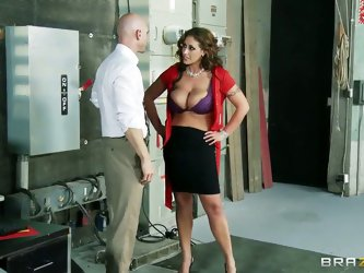 All the guys' cocks was on fire the moment busty Eva Notty walks into the studio. Lucky Johnny Sins however, get to taste her awesomely huge knoc