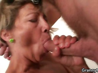 Fucking the mature cleaning lady