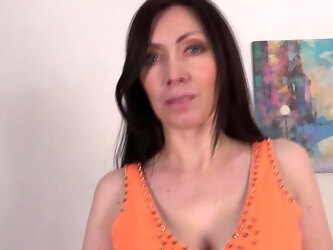 Naughty Mom Playing With Herself - MatureNL