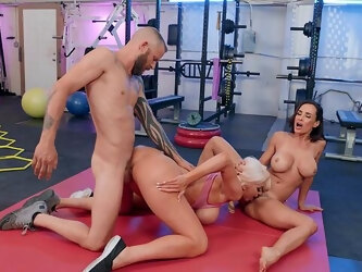 Seductive MILFs use this young man's pole down at the gym