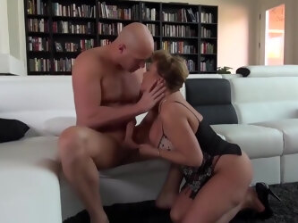 New . Bbw Beautiful Real Mom In Love With Son ---- She Loves His Muscles And The Way He Fucks Her