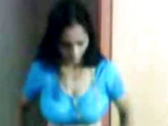 Sexy Aunty remove her Blue Saree and other All Clo