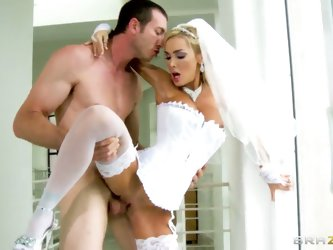 Devon is horny babe! She has tied with porn, but her hot soul remains so defiant and perverted! Today is her marriage, she can not resist to seduce he