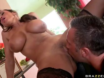 Big titted milfy therapist Lisa Ann has enough experience in helping people. She strips for Keiran Lee to be licked and fucked by curious man. This is