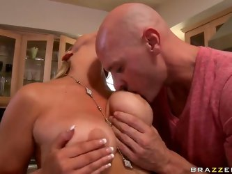 The appetizing pornstar Abbey Brooks with big natural tits demonstrates their charms for Johnny Sins. He is excited and her melons fall into his hands