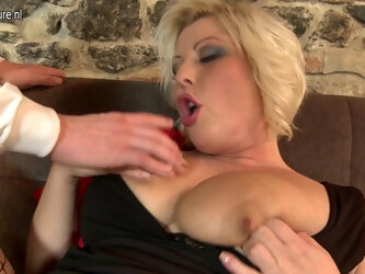 Chubby Big Breasted Housewife Fucking And Sucking Hard - MatureNL