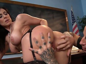Teacher Kendra Lust is a gorgeous dark haired woman with bubble ass and big tits. Lady in black stockings gets her ass and pussy licked before taking