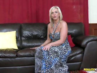 Skanky mature mom is dying for some action