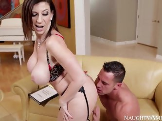 Young tall Johnny Castle with muscled body and rock hard pecker gets seduced by mature cougar with huge stunning curves in awesome lingerie and has me