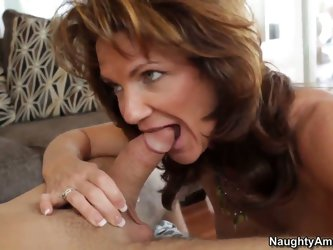 Pretty pal Daniel Hunter was seduced to have wild pounding by gorgeous cougar Deauxma! Nothing could prevent him from stuffing sweet holes of mature l