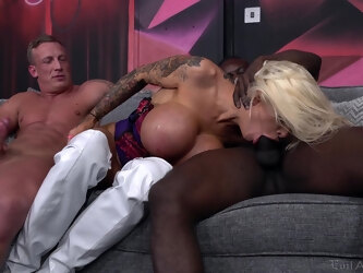 Angel Long drops on her knees to be double penetrated - Interracial