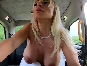 A remarkable back seat fuck with a sensual bride on fire