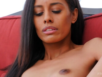 Solo video of ebony model Kylie spreads her legs to masturbate