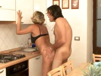 Hot mature anal on kitchen table