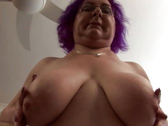 See this European granny playing with her chubby body. This horny lady spreads her legs and keeps rubbing her pussy to calm her temptation! Before tha